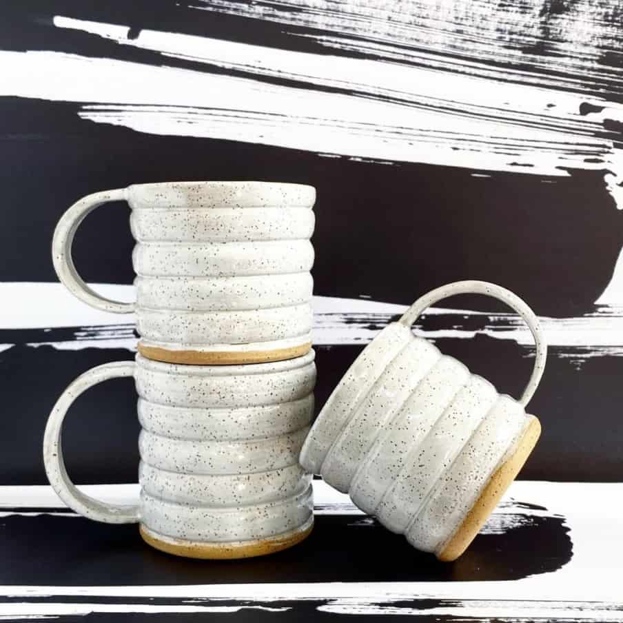 Mugs with rings